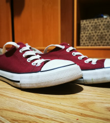 38-as női sport cipő