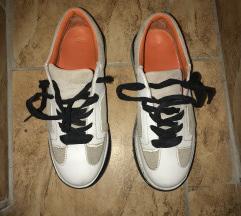Magastalpú, extra cipő