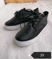 Platform telitalpú cipő 39