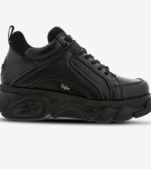 Eredeti teljesen új Buffalo cipő