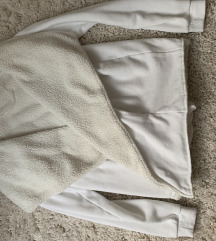 Bundás pulóver