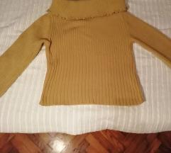 Teveszínű, nagyméretű, carmen kivágású pulóver