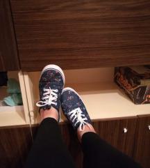 Új cipő farmer