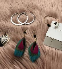 Ékszerek (nyakláncok, karkötők, fülbevalók)
