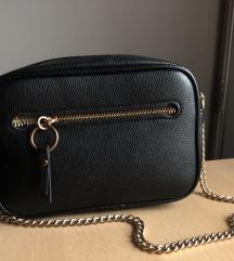 H&M crossbody láncos táska