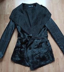 Fekete műirha szőrmés kabát 36