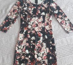Rózsás mintájú H&M-s ruha