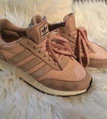 Eladó adidas cipő