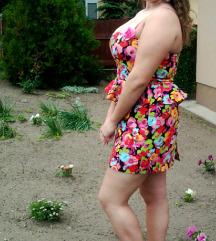 Pántnélküli virágos ruha