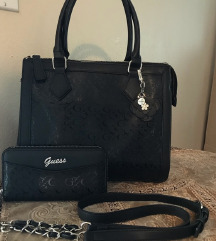 Guess táska és pénztárca