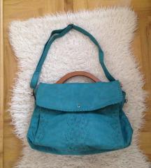Kék fafoganytús táska