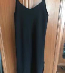 Elegáns oldalt felvágott fekete nyári ruha
