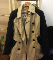Bőrujjú kabát