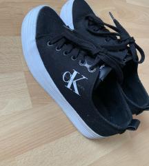 Calvin klein cipő , pk az árban
