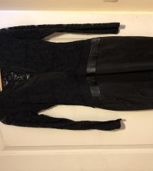 Fekete csipke betètes ruha