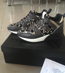 Replay cipő 36