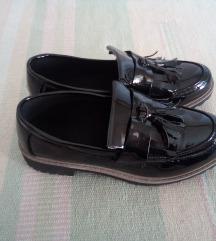 Fekete lakkcipő 38-as