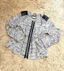 Fekete-fehér cipzáras tavaszi kabát (C&A)