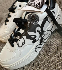 Bershka Mickey Sneaker