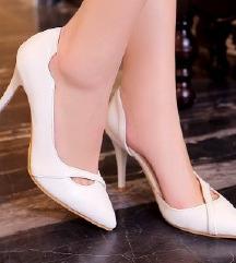 fehér 38-as cipő