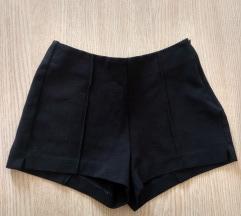 Fekete magasderekú rövidnadrág