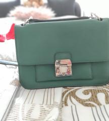 Parfois zöld táska