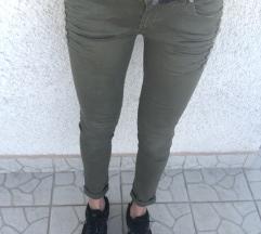 Khaki nadrág