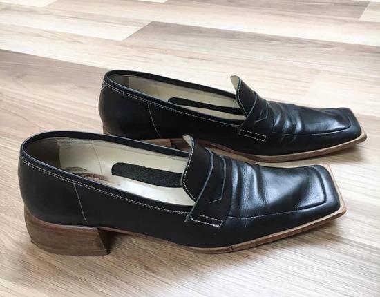 Női bőr cipő