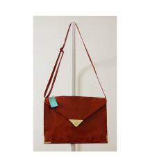 Cropp címkés nagy alakú táska 33,5 X 24,5 cm