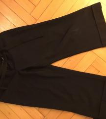 Egyenes szabású elegáns rövid nadrág
