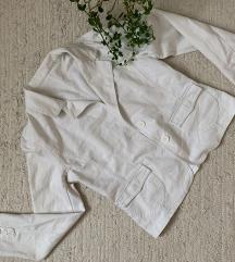 Fehér blézer