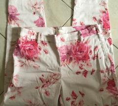 H&M-es virágos elegáns nadrág