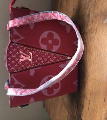 Eladó LV táska