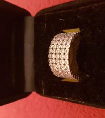 Ezüst köves gyűrű eladó