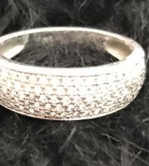 Swarovski kövekkel díszített ezüst gyűrű