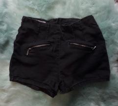 Nyári shorts-ok