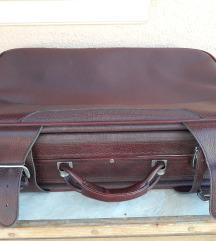 retró bordó bőrönd