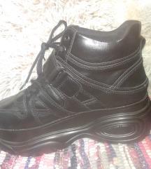 Fekete platform cipő, eredeti ár:15000,-