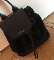 Kendall&Kylie kollekciós szőrmés hátizsák
