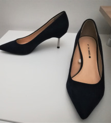 37 női magassarkú cipők vegyesen