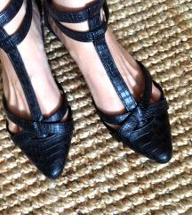 Fekete kígyós pántos elegáns cipő 41