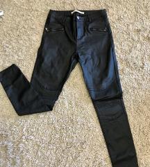 Rugalmas bőrhatású nadrág