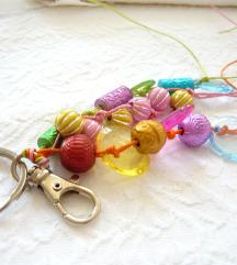 Újsz. cuki színes gyöngyös bag charm ❤