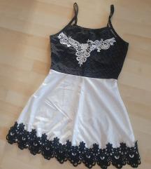 ÚJ fekete-fehér pöttyös, csipkés szatén ruha S