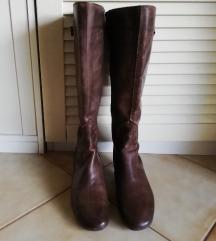 Hosszúszárú BATA barna bőr csizma 38