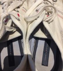 Tommy Hilfiger torna cipő eladó!