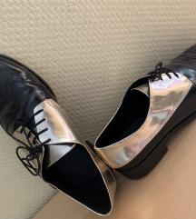 Fekete ezüst cipő