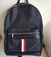 Tommy táska