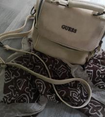 Guess bézs táska