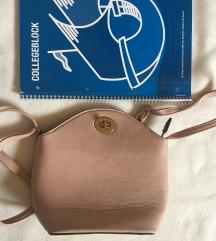 Rózsaszín táska
